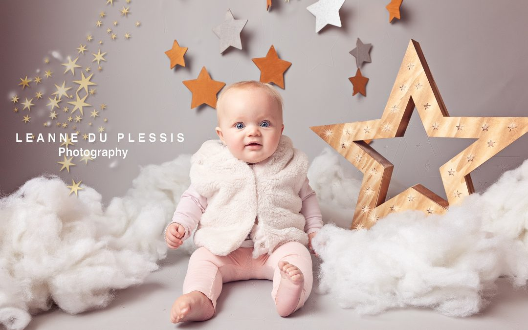 Twinkle Little Star Mini Photo Shoot | Natural Baby Shower